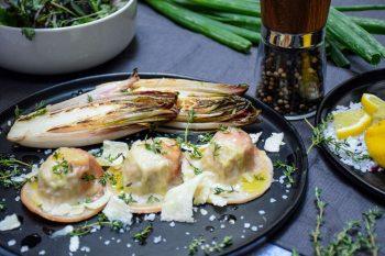 Lachsforellen-Nudl mit gebratenem Chicoree