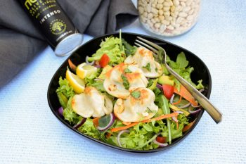 Dreikäse-Nudl (Mini) auf Rohkost-Salat